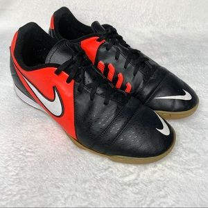 Nike Libretto Indoor Soccer Sneakers